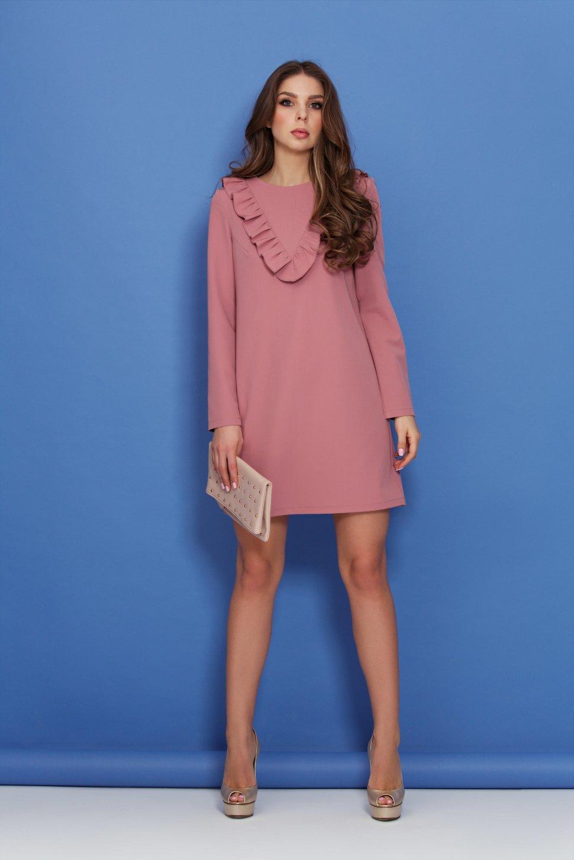 00a9c75fa3c Романтичное розовое платье полуприлегающего силуэта - Романтичное розовое  платье полуприлегающего силуэта